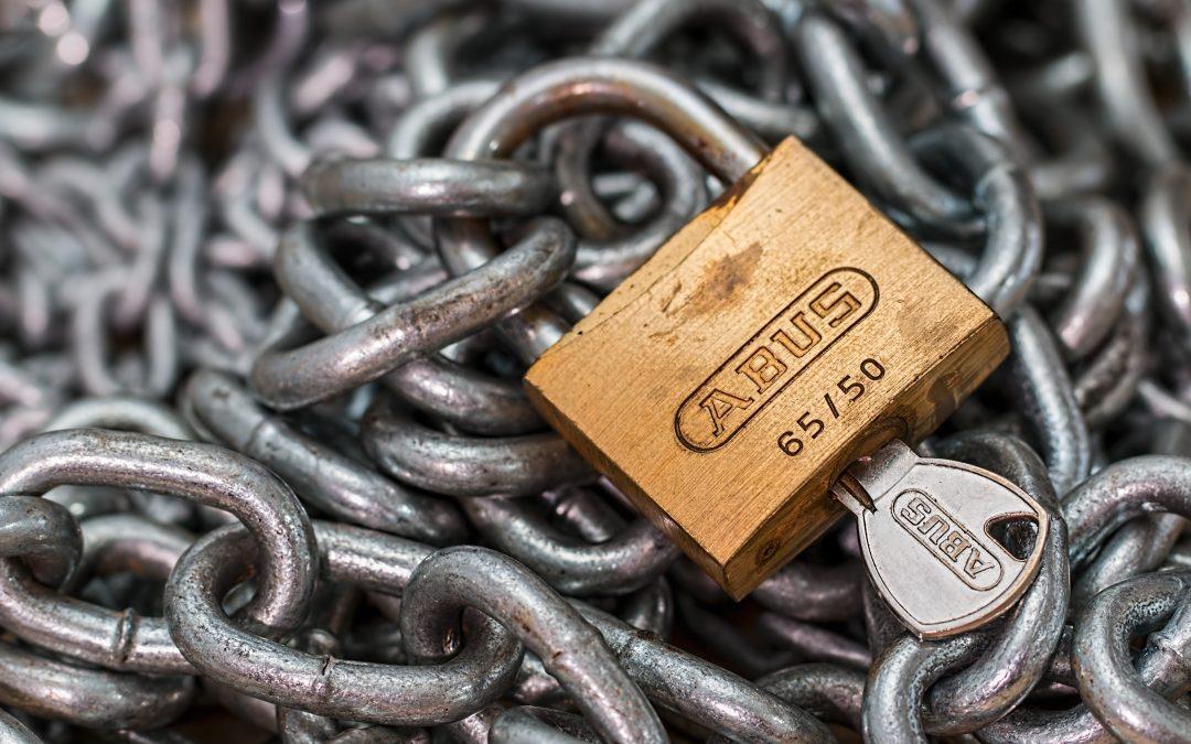 chain-key-lock-39624